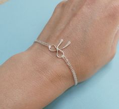 bridesmaids, silver bow, the knot, gift silver, bow bracelet, bracelets, bracelet tiffani, bridesmaid gifts, bows