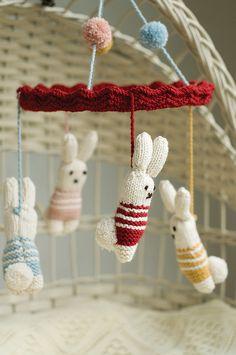 Las Teje y Maneje Knitted Mobiles