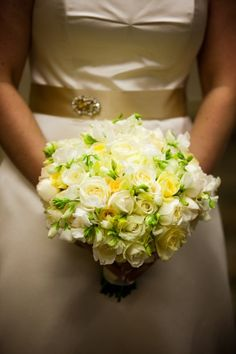 Yellow and White Flowers #yellow #white #flowers #bouquet #wedding
