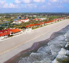 A hotel for the sporty type; the 40 rooms in the Florida and Georgia House recently underwent a $4 million renovation, but the golf-and-tennis center remains the top attraction. hotel heaven
