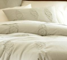 shopping list guest bedrooms, master bedrooms, white bedding, duvet cover