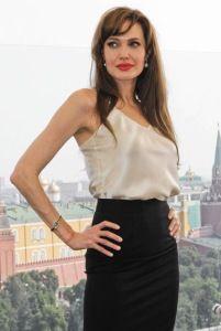 Shine Beauty Beacon | Magnificent Maleficent: Angelina Jolie's Wicked Good Smoky Eyes, Bold Lip Color & Ageless Beauty