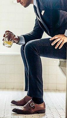 Men's Fashion navy suit brown shoes