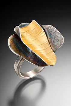 Ring | Lori Gottlieb. 'Curly bark'.  Sterling silver and sterling silver/22k gold bimetal