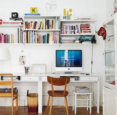 desktop & bookshelf. why do all my dream desk layouts involve macs.....