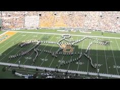 Watch the #Baylor Homecoming 2012 halftime show that earned a standing ovation Saturday. #sicem #BUGWB #BUHC12