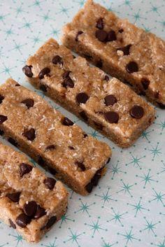 Vanilla Chocolate Chip Protein Bars
