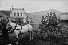 Horse and carriage at 10th and Main (Durango, Colo.)      May 15,1883