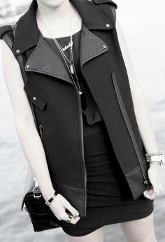"Style Scrapbook: ""BLACK"""