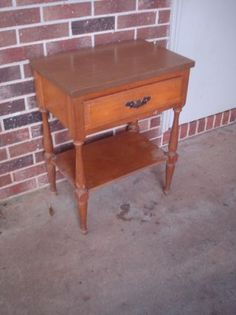 $20 Good shape - Cute with a banana leaf basket underneath / painted / stained, etc.