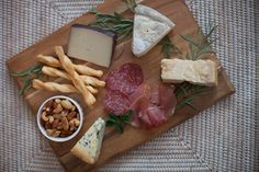 Photography: Keith Morrison - instagram.com/keithemorrison  Read More: http://www.stylemepretty.com/living/2014/04/07/how-to-build-the-perfect-cheese-plate/