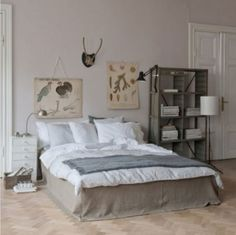 natural colours for a bedroom