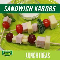 Get more protein in their lunch with sandwich kabobs: Layers of turkey and cheese between less bread! | Back to School | #JennieO #sweepstakes #howto #kidfriendly #lunch