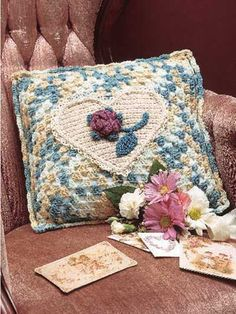 crocheted sweetheart pillow-free pattern download