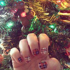 Tartan Christmas nails