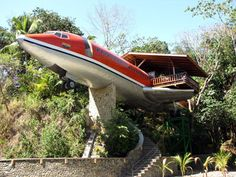 Aeroplane hotel in the jungle? Yes please!