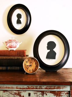 A framed silhouette is a classic keepsake. A digital camera, computer and printer make this centuries-old craft a snap.