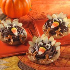 Thanksgiving Turkey Cookies (Easy; 24 cookies) #cookies #thanksgiving