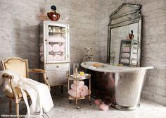 baths, tubs, bathroom designs, vintag bathroom, pink, medicine cabinets, bathroom ideas, vintage bathrooms, vintage style