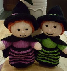 Witches knitting pro