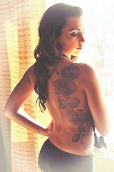 TIA #inkedgirloftheday #igotd #inked #ink #inkedgirls #tattoo #tattoos #tats #girl #inkedmag #tattooedwomen #girlswithtattoos #womenwithtattoos