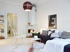 Swedish home in white. grey and brown. stadshem.