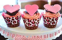 leopard cupcakes.