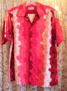 Unusual Hot Pink Vintage Hawaiian Shirt by Skirts n Blouses, RetroRosiesVintage on Etsy