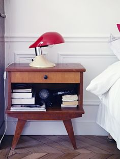 cool table. cool lamp.