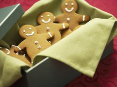 Gingerbread men cookies in a box... College Care Packages