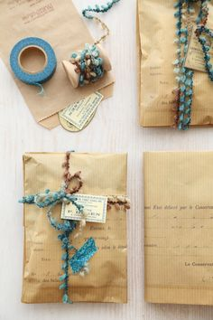 ✂ That's a Wrap ✂ diy ideas for gift packaging and wrapped presents - pretty blue and kraft paper