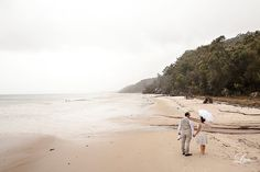 Congrats to Renae and Andrew.  Without rain, you wouldn't have rainbows pr these gorgeous shots as Jodie Litzow found out on a recent wedding shoot  #kingfisherbay #fraserisland #destinationwedding #fraserislandwedding #fraserwedding http://www.fraserislandweddings.com.au/