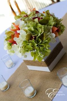 Burlap table runner - photo by Destin Events and Floral