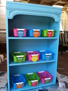 Spray painted bookshelf - looks great!