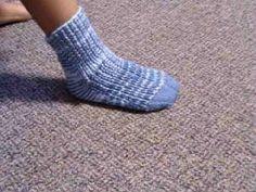 Knitting Pattern For Tube Socks : How to Make Tube Socks on a Knitting Machine