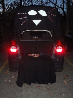 black cat trunk or treat theme