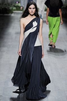 Vionnet Fall 2014 RTW Paris