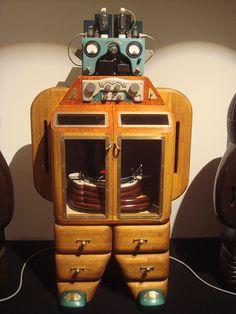 Wooden Cabinet Robot