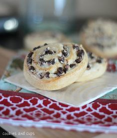 crescent roll, chip cream, chocolate chips, chocolates, breakfast cookies