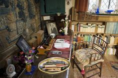 Vita Sackville-West's writing room (Sissinghurst Castle, Weald of Kent, UK