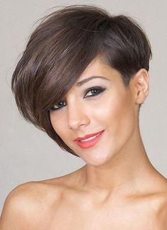 30 Short Hairstyles for Winter: Asymmetric Bob Cuts