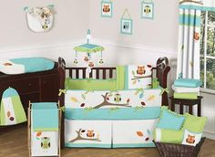 If you have a love of nature, and want to instill the same sentiment in your child from babyhood, consider this charming Owl #BabyBedding set from Sweet JoJo Designs to decorate your nursery. #owltheme