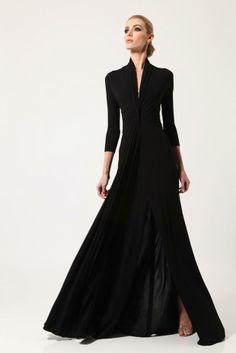 col cygne -- possibilité de convertir en caftan-robe. Chado Ralph Rucci Resort 13
