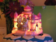 Oooooh ... a glowing Hello Kitty cake | Offbeat Bride
