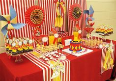 Curious George Birthday Party - I LOVE Curious George and these are some really cute party ideas.