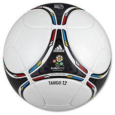 Balón Oficial de Juego Euro 2012 Tango 12