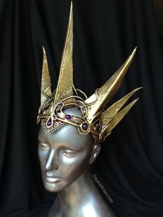 elegant crown for an evil queen