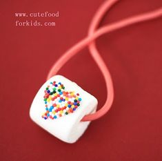 edible necklaces | marshmallow + sprinkles + red licorice