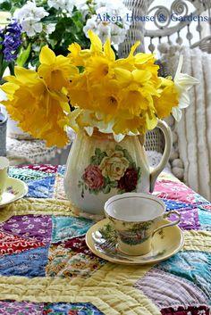 Tea Time ~ Jonquils