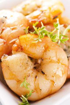 4 Minute Spicy Garlic Shrimp by food.com via kitchme #Shrimp #Garlic #Fast